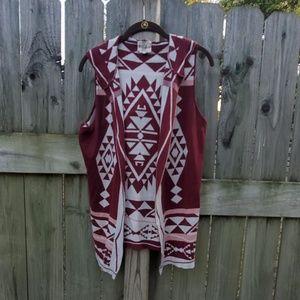 Hooded sweater vest